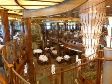 Reisregisseur - Anne Mare van Linde - cruise - Queen Elizabeth - restaurant